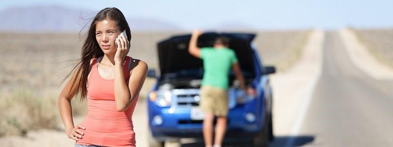 vrouw met Klaverblad Royaal autoverzekering