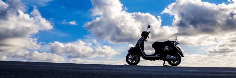 afbeelding van onverzekerde scooter