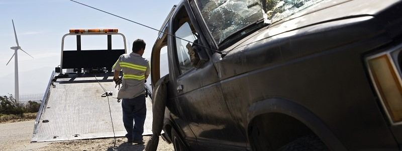 wrak van auto waarin niet veilig is gereden