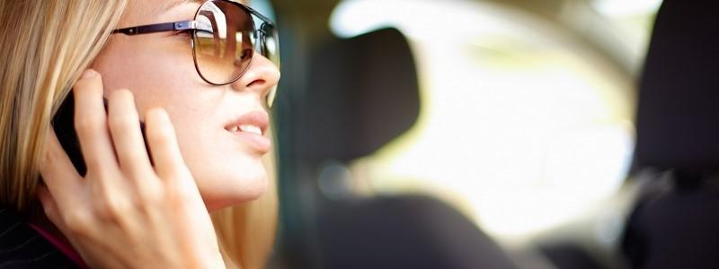 Mobiele telefoon tijdens het autorijden: 6 tips tegen verleiding door smartphone