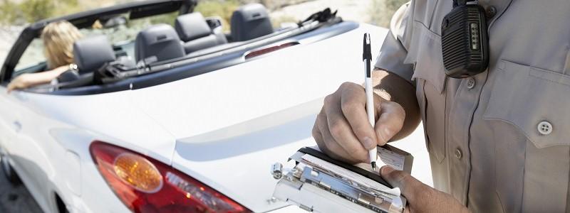 Rijden met een geschorste auto: juridische & financiële gevolgen