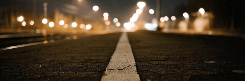 20 tips voor autorijden in het donker