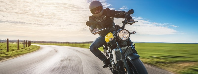 motorrijder met motorverzekering van De Vereende